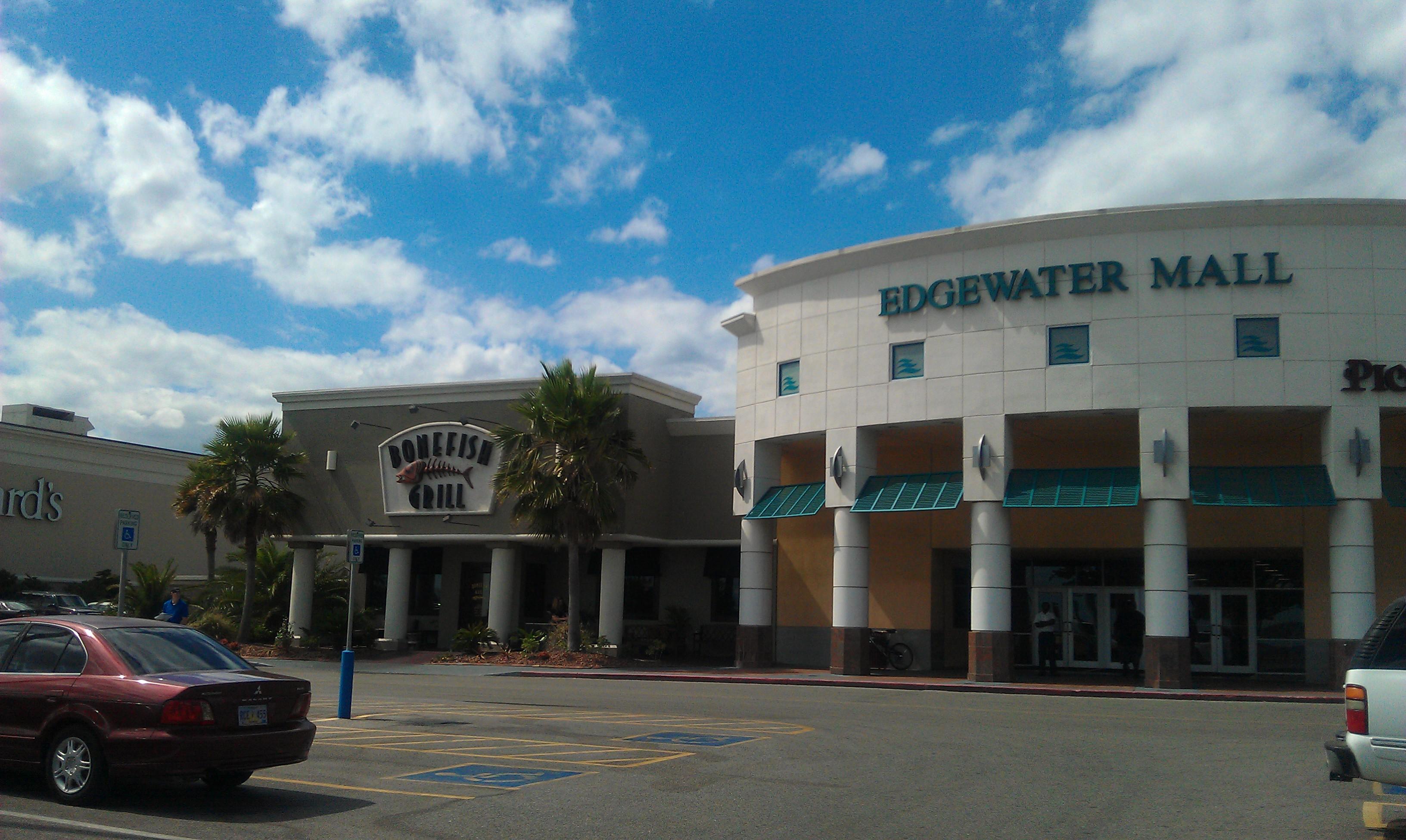 Shopping In Biloxi Ms >> Edgewater Mall Sunglass World
